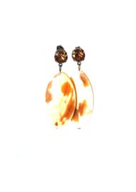 Oorbellen met swarovski crystal bruin en oesterschelp