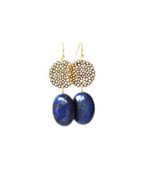 Oorbellen met filigrain en lapis lazuli
