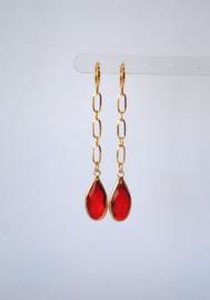 Oorbellen met ketting stainless steel en crystal rood
