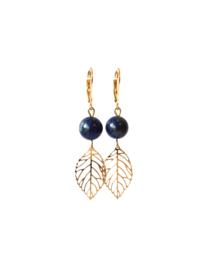 Oorbellen met lapis lazuli en hanger blaadje