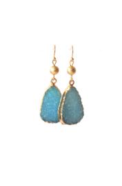 Oorbellen met resin hanger turquoise/goud