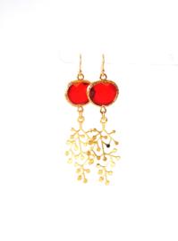 Oorbellen met crystal rood en hanger goldplated ⭥ 6 cm