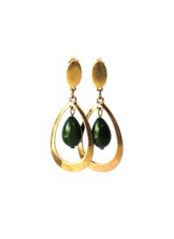 Oorbellen met groene crystalparel en oud goud