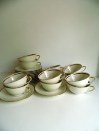 12 jaren 50 Elfenbein porselein thee/koffiekopjes (Art.18-1909)