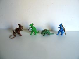 4 oude sleutelhangers dinosaurus jaren 60/70 (Art.18-2106)