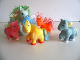 5 oude My Little pony's (Art.20-1239)
