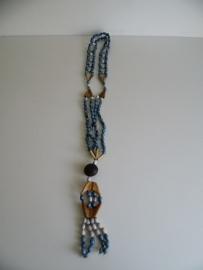 Hippie ketting gemaakt van zaden (Art.16-1838)
