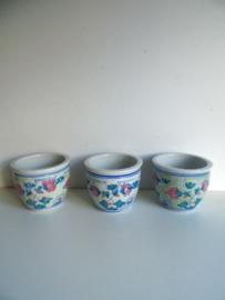 3 bloempotjes (Art.18-1177)