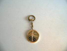 Oude sleutelhanger Kunstschaatser (Art.19-1607)