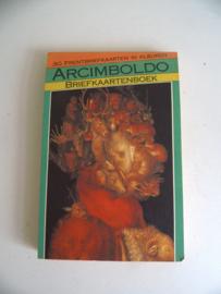 Briefkaartenboek Giuseppe Arcimboldo uit 1990 (Art.18-1771)