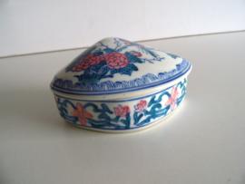 Porseleinen sieradendoos (Art.20-1299)