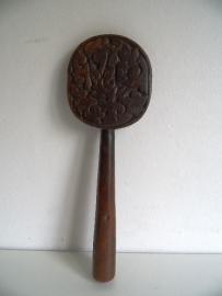 Mooie antieke houten rijst lepel uit Indonesië (Art.15-2437)