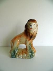Porseleinen beeld van Leeuw (Art.15-2064)