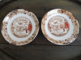 Twee Japanse/Chineese antieke bordjes (Art.14-2206)