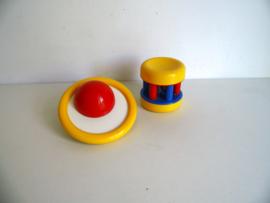 Ambi Toys Baby Bell uit 1974 en Orbite Rattle uit 1994 (Art.18-1770)