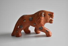 Faience  beeldje voor de letterbak Leeuw (Art.21-1694)