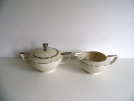 Vintage melk en suiker set (Art.16-1600)
