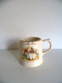 Hele oude beker New Duay souvenir of Wales (Art.19-1165)