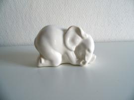 Beeldje olifant (Art.20-1546)