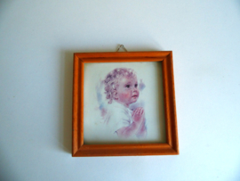 Klein lijstje met afbeelding biddend meisje (Art.18-2189)