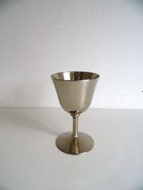 24 kgp beker zilverkleurig (Art.15-1582)