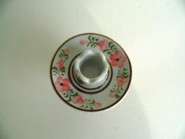 Porseleinen kandelaar (Art.15-1801)