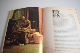 Boek Willeke... er was eens uit 1973 Mies Bouhuys (Art.21-2068)