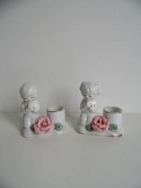 Twee kaarsenhouders biddende kinderen (Art.19-1009)