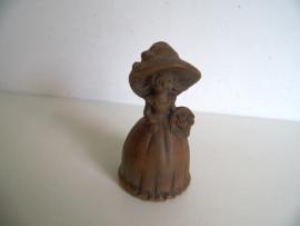 Oude aardewerk tafelbel - meisje met mand (Art.19-1067)