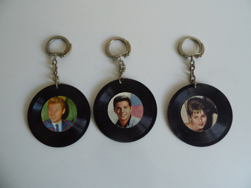 3 sleutelhangers uit de jaren 60 (Art.18-2086)