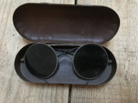 Oorlogs bril 1944