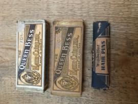 Antieke doosjes haarartikelen