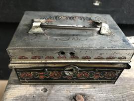 Oude spaarpot