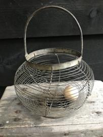 Draadmand eieren