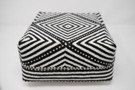 kralen doos zwart-wit 24 cm