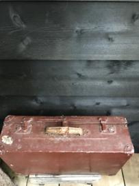 Ijzeren brocante koffer