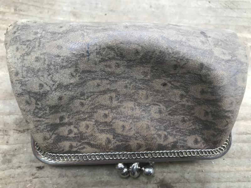 Oude portemonee