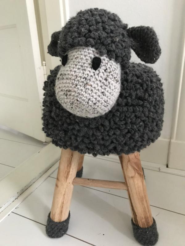 Handgemaakte kruk schaap