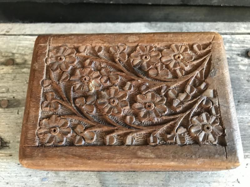 Indonesisch houten doosje