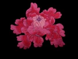 Bloemmotief in pink