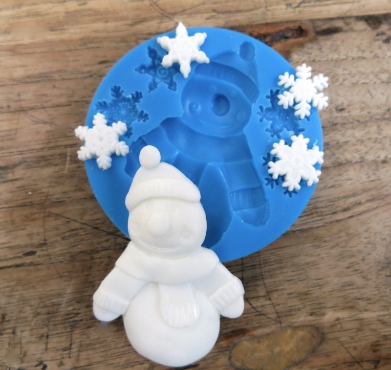 M0074 Sillicreations Mould   Snowman & Flakes