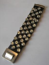 D450 4 lederen zwarte banden met ronde 8mm leermetaal en Swarovski kristallen