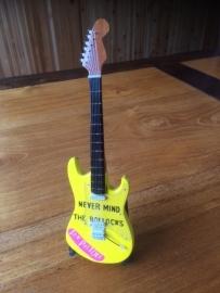 G2016042 Seks Pistels decoratie gitaar