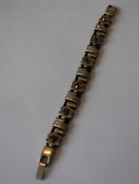 D700 Smalle bruine veter armband met bloem en staafjes met Swarovski stenen
