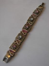 D303 Roze veter armband met blok bloem leermetaal met ring en swarovski kristal en trechter glad