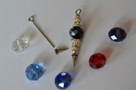 A3 Magic Pin met een puntpin en een zwarte tussen kraal