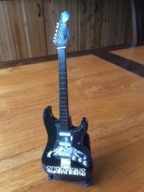 G2016040 Scorpions decoratie gitaar