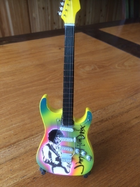 G2016014 Jimi Hendrix decoratie gitaar