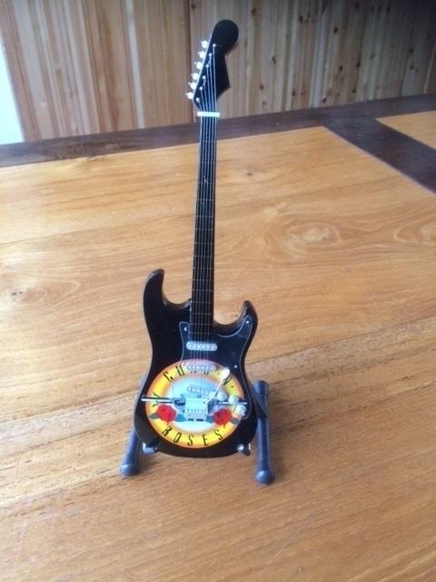 G2016013 Guns N' Roses decoratie gitaar