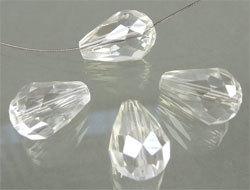 39401 Glaskraal kristal druppel 14x8 mm crystal